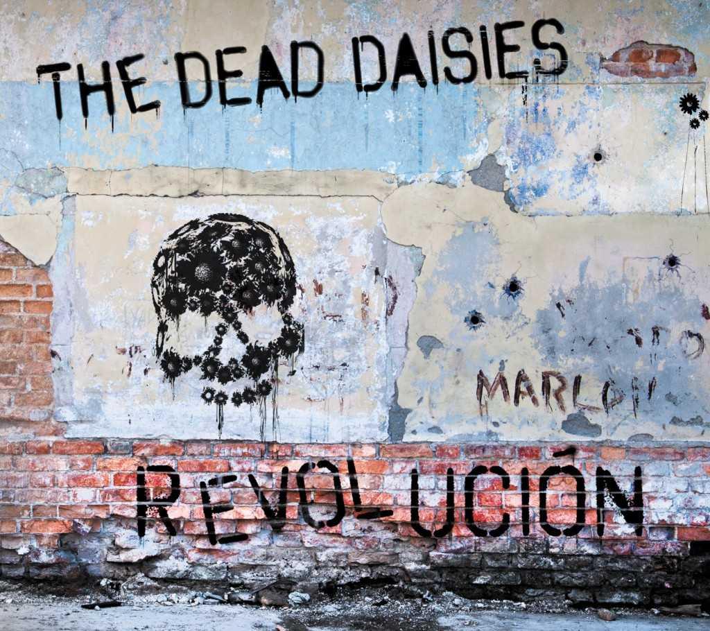 low Daisies - Revolución Digipak Cover
