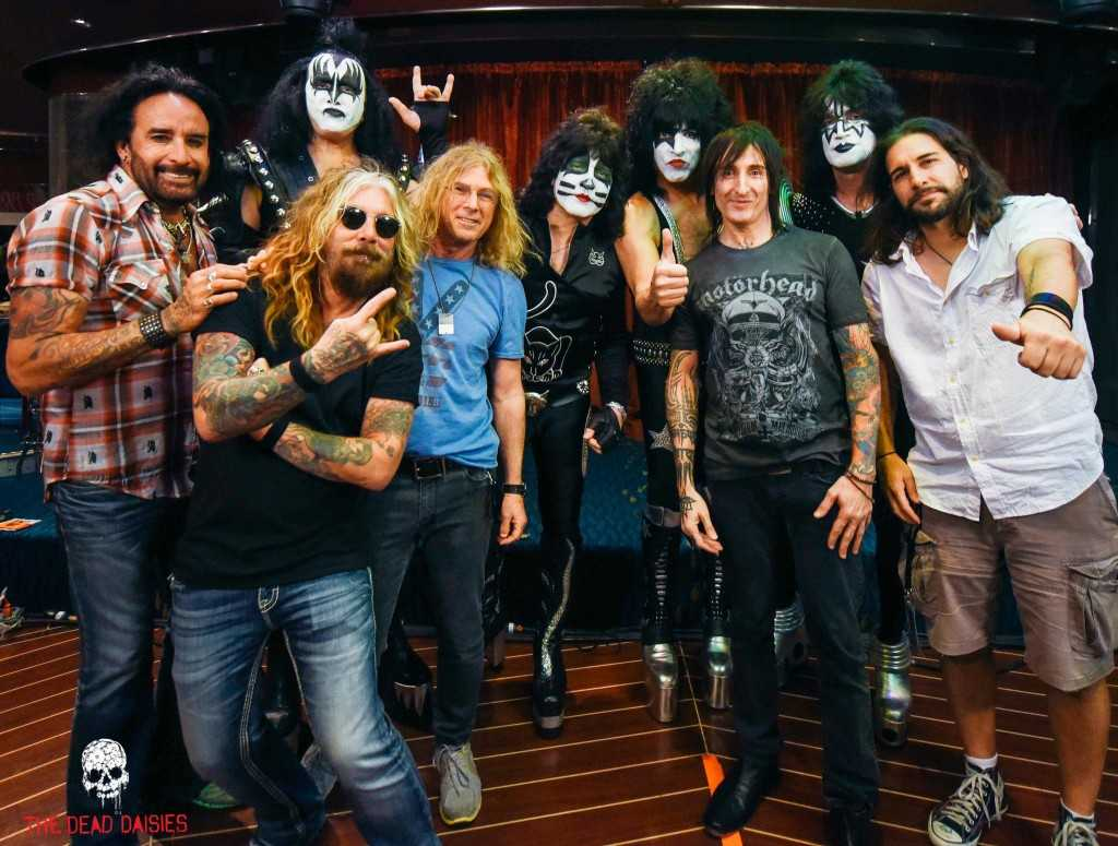 KISS&THEDEADDAISIES